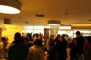 Zona de exposición en el congreso de alimentación viva y consciente