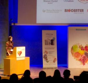 La psicóloga Ana Román ruiz en una de sus charlas