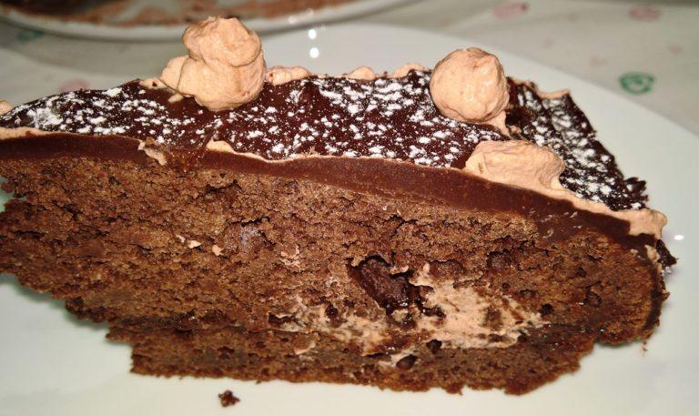 porción de tarta de chocolate sin carbohidratos